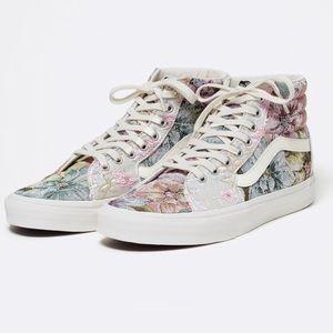 NEW Vans Sk8-Hi Tapestry Floral Sneakers RARE